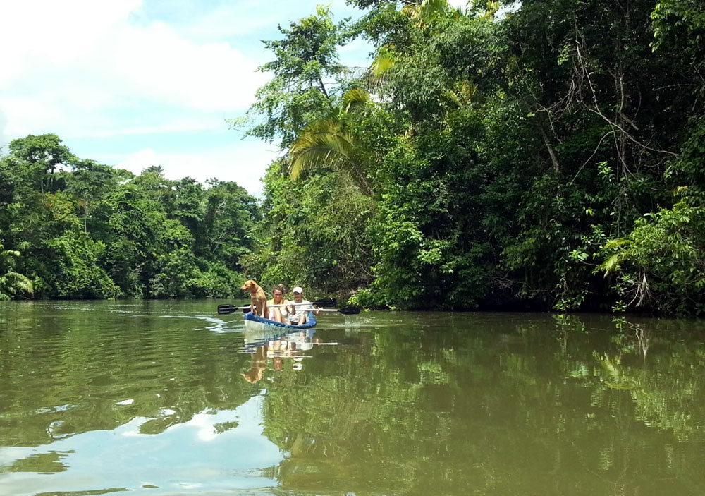 In-Canoa-sul-Rio-Lampara