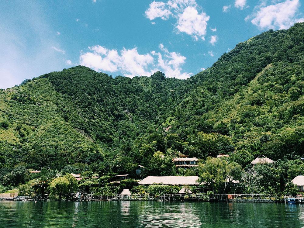 Lago-Atitlan-Guatemala05