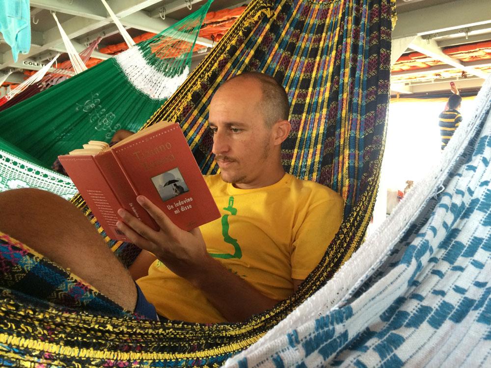 leggere-in-barca