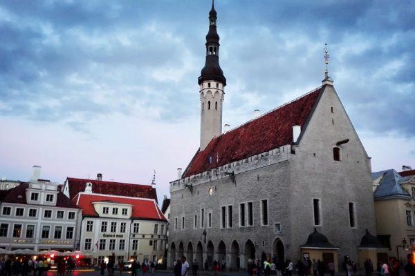 tallinn-old-town