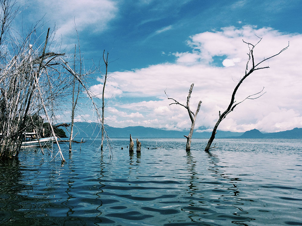 Lago-Atitlan-Guatemala04