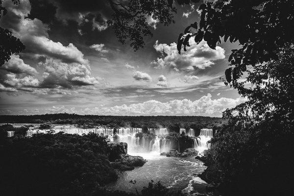 iguazu-falls-925466_1920