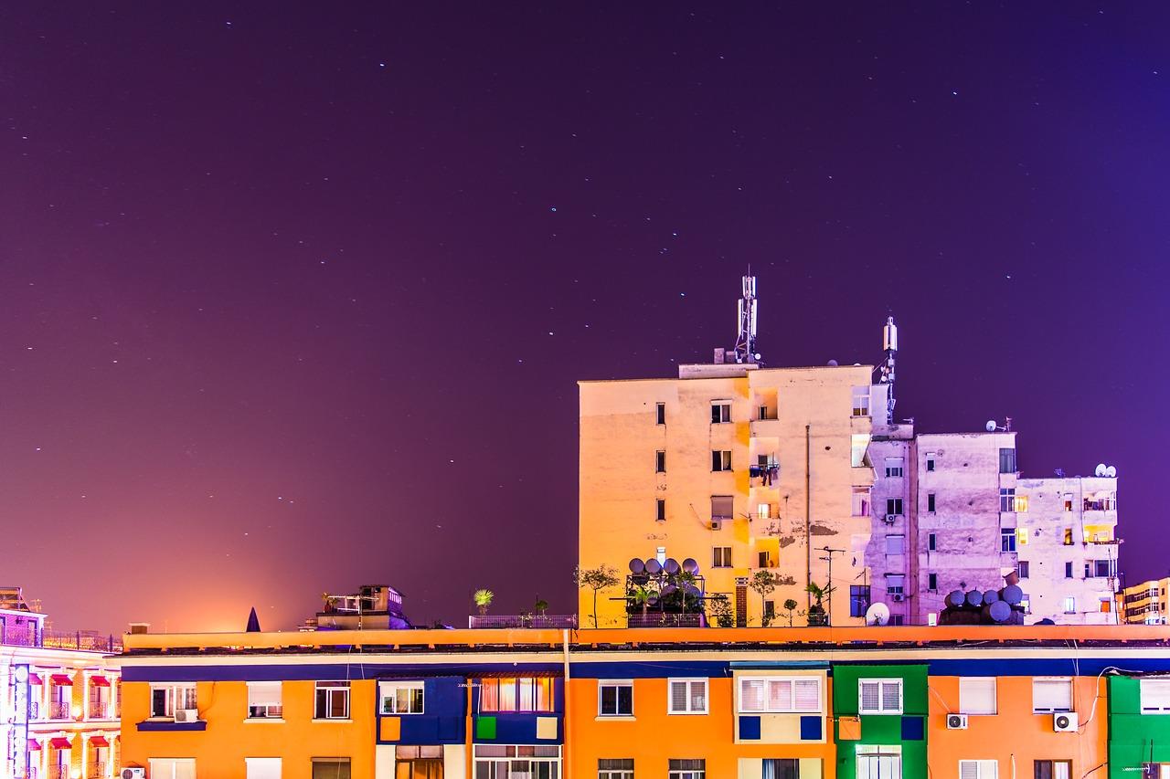 night-Tirana