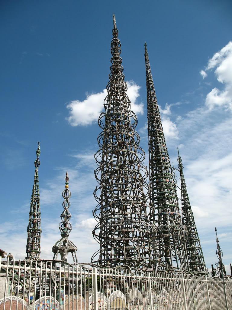the-watts-towers-nuestro-pueblo-by-simon-rodia-1337871721_org